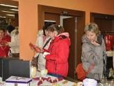 Jedenáctý ročník tradiční vánoční charitativní výstavy pořádané firmou KOČÍ je k vidění v kině Portyč. Výstava potrvá do 8. prosince. Autor: Deník/Libuše Kolářová